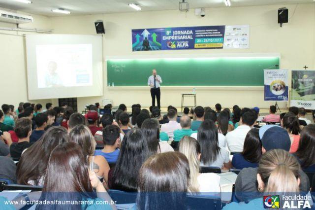 Abertura 8ª Jornada Empresarial Faculdade ALFA Umuarama